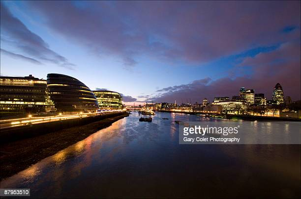 river thames twilight - gary colet stock pictures, royalty-free photos & images