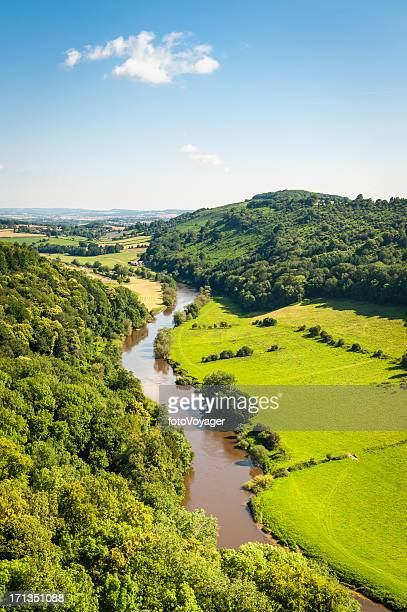 river wye from symonds yat idyllic summer valley uk - wales stockfoto's en -beelden