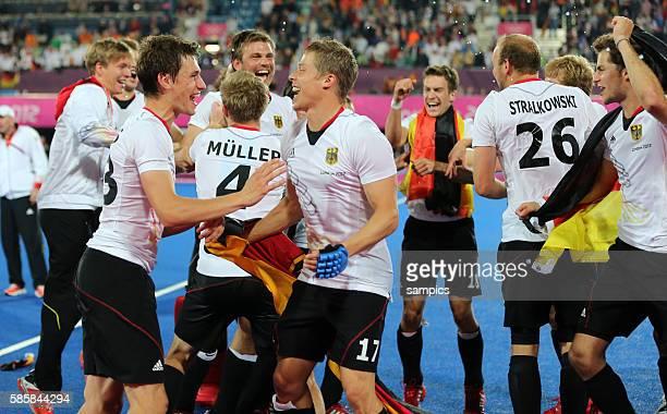 Florian Fuchs Timo Wess Olympische Sommerspiele 2012 London Hockey Männer Finale Deutschland Niederlande 21 Riverbank Arena Olympic Summer Games 2012...