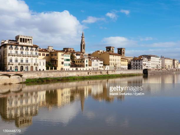 riverbank of arno - marek stefunko stock pictures, royalty-free photos & images