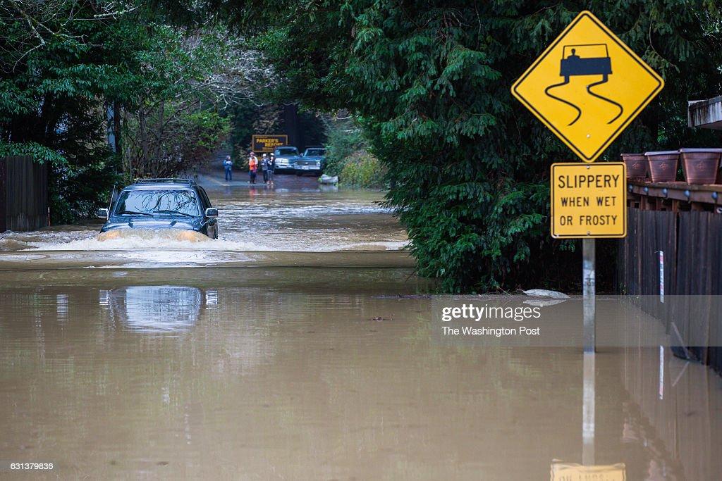 Major winter storm damage in California : News Photo