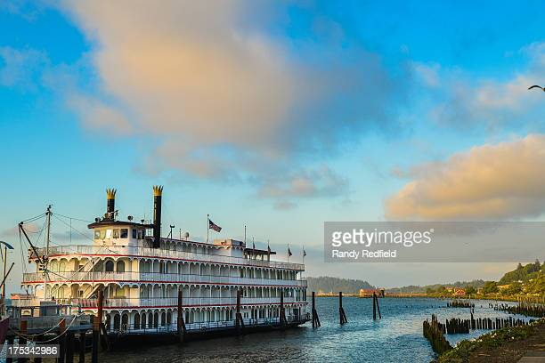 CONTENT] Riverboat in Astoria Oregon near the maritime museum