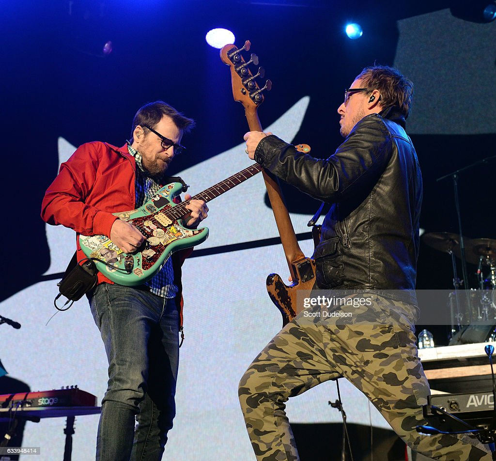 Weezer Christmas.Rivers Cuomo And Scott Shriner Of The Band Weezer Perform