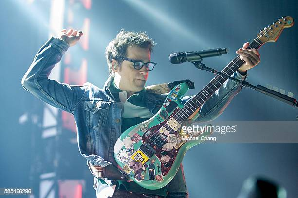 Rivers Cuomo of Weezer performs at AkChin Pavilion on August 2 2016 in Phoenix Arizona