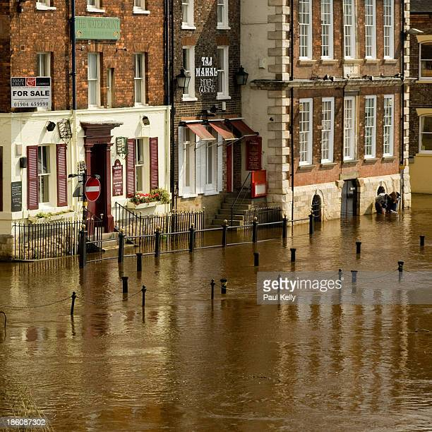 Riverside businesses in York city centre face flooding as the River Ouse bursts its banks