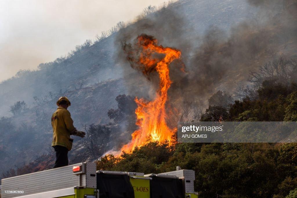 US-FIRE-CALIFORNIA-ENVIRONMENT : News Photo