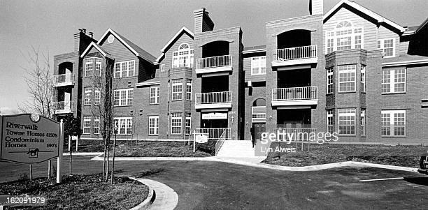 MAR 29 1988 Riverwalk Channel 6 Auction condo exterior of complex