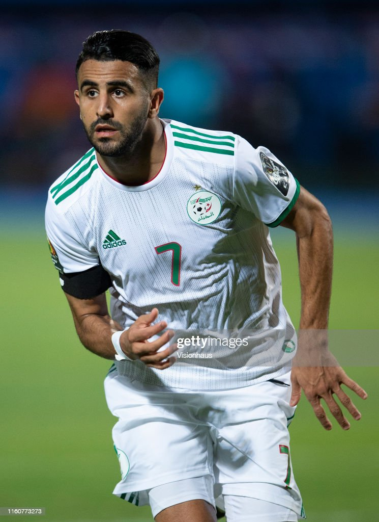Algeria v Guinea: 2019 Africa Cup of Nations - Round of 16. : Nyhetsfoto
