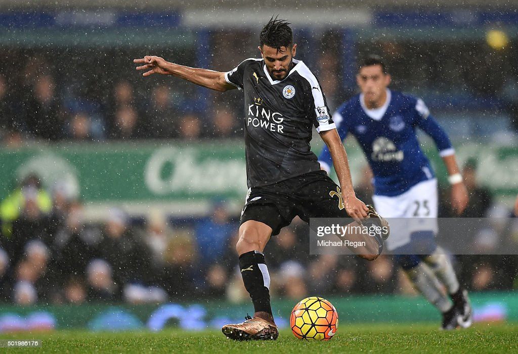 Riyad Mahrez of Leicester City coverts the penalty to score his team's second goal during the Barclays Premier League match between Everton and Leicester City at Goodison Park on December 19, 2015 in Liverpool, England.