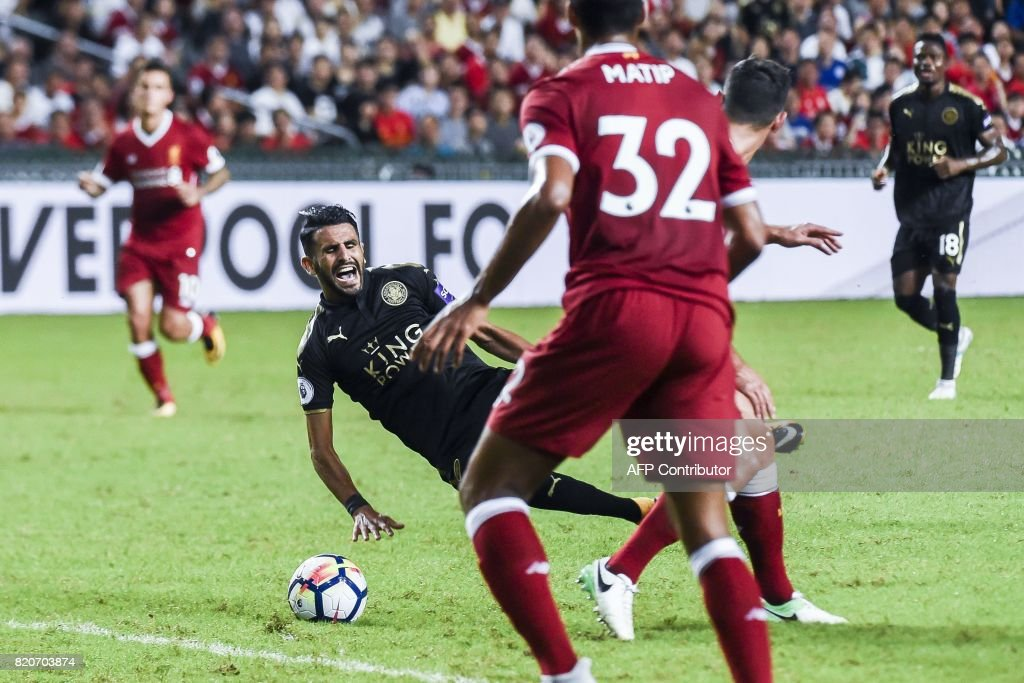 FBL-ASIA-LIVERPOOL-LEICESTER-CITY : News Photo