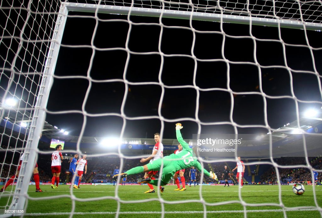 Riyad Mahrez of Leicester City scores the first Leicester City goal during the Premier League match between Leicester City and West Bromwich Albion at The King Power Stadium on October 16, 2017 in Leicester, England.