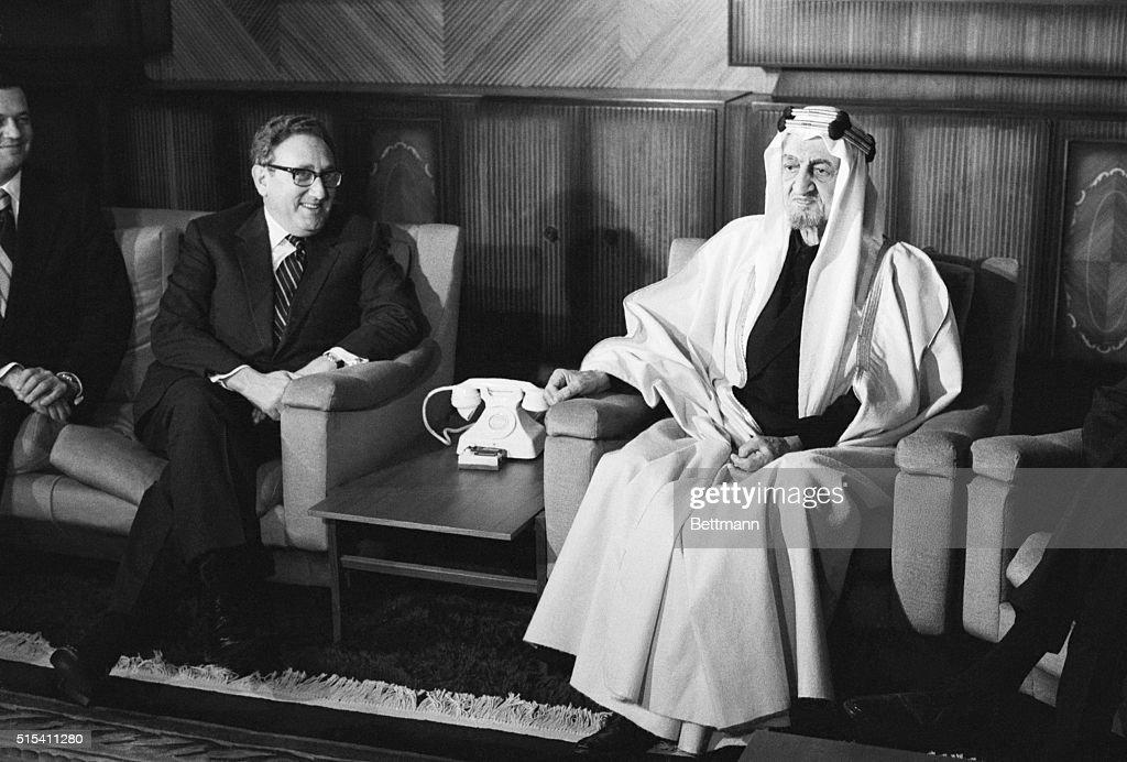 Henry Kissinger with King Faisal : Fotografía de noticias