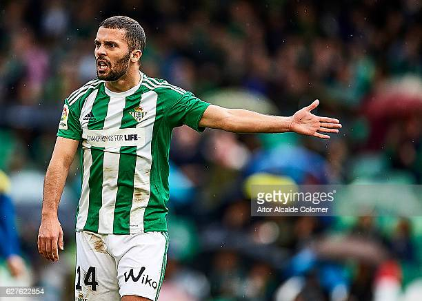 Riza Durmisi of Real Betis Balompie reacts during La Liga match between Real Betis Balompie an RC Celta de Vigo at Benito Villamarin Stadium on...