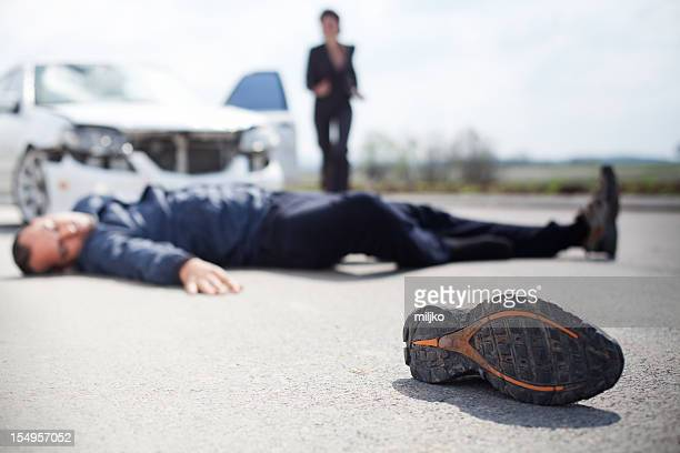 road accident - dead bodies in car accident photos stock pictures, royalty-free photos & images