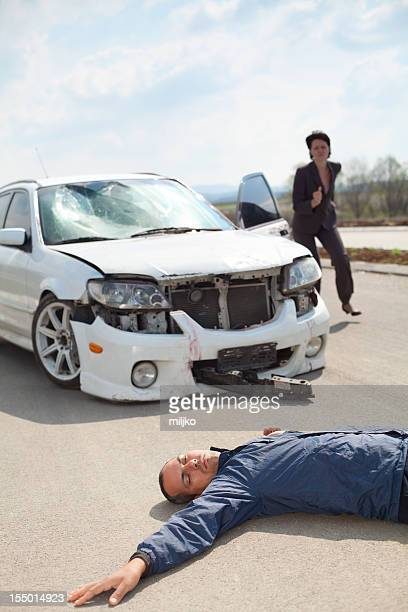 road accident - dead bodies in car accident photos stock photos and pictures