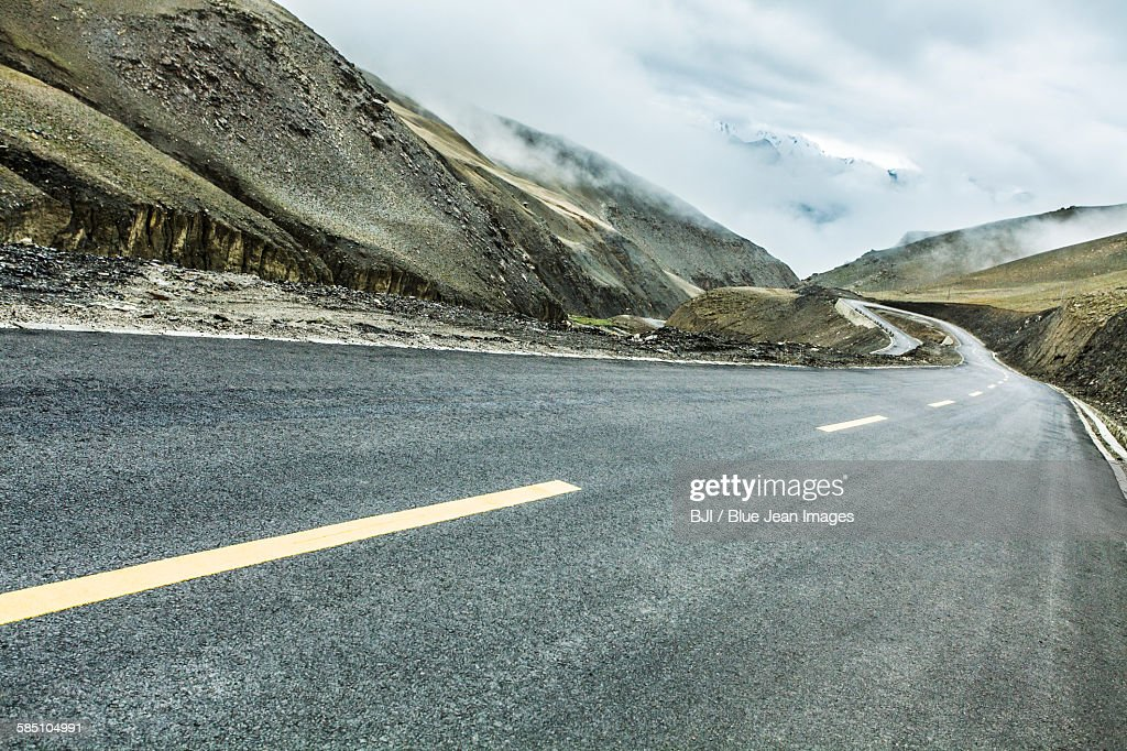 Road and mountains in Tibet, China : Stock Photo