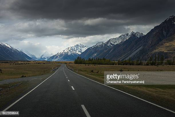 Road approaches to Mount Cook National Park in New Zealand