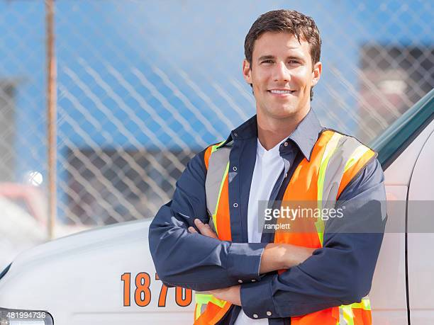 road assistance worker - tow truck stock pictures, royalty-free photos & images