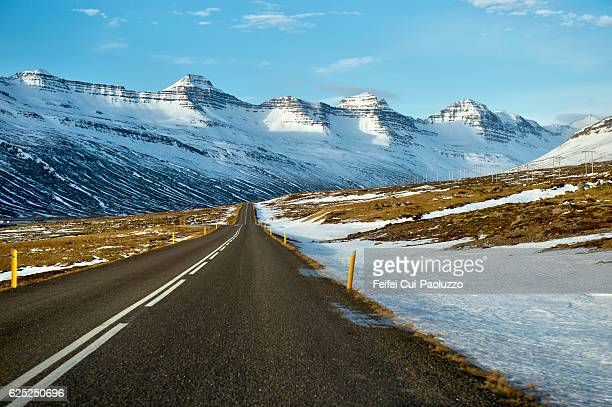 road at breiðdalsvík in iceland - austurland stock pictures, royalty-free photos & images