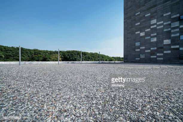 road background - gravel stock pictures, royalty-free photos & images
