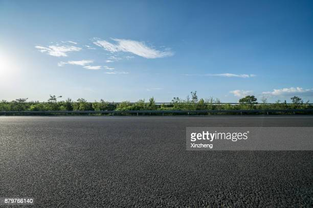 road background - thoroughfare stock pictures, royalty-free photos & images