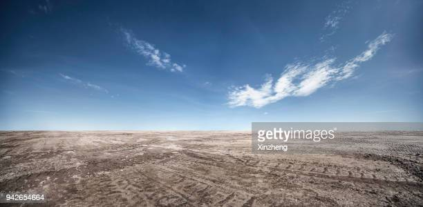 road background - dirt track stock pictures, royalty-free photos & images