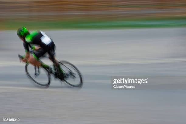 road bike breakaway rider - cycling event stock pictures, royalty-free photos & images