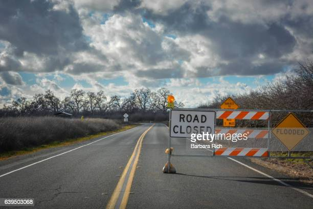 Road closure signs as a result of Northern California flooding