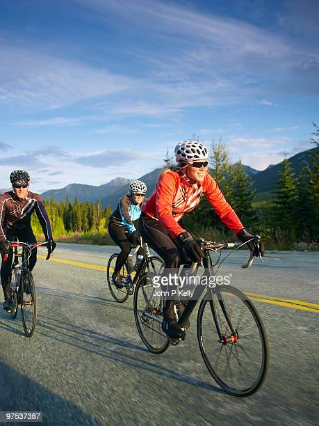 road cycling group - leanintogether stock pictures, royalty-free photos & images