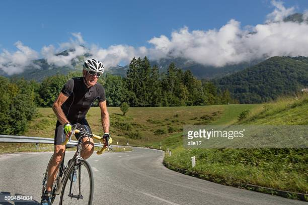 road cyclist - wielrennen stockfoto's en -beelden
