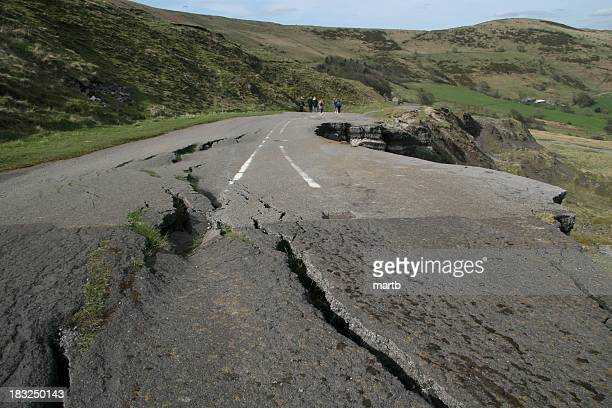 road fall - buckle stock pictures, royalty-free photos & images