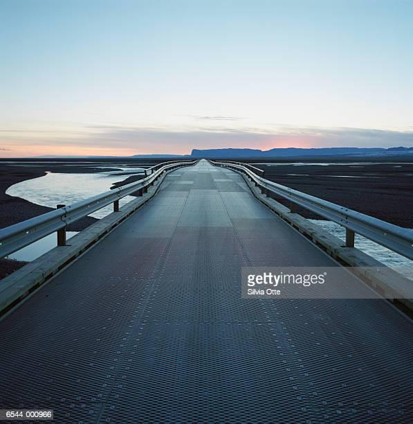 road in evening - descrição geral - fotografias e filmes do acervo