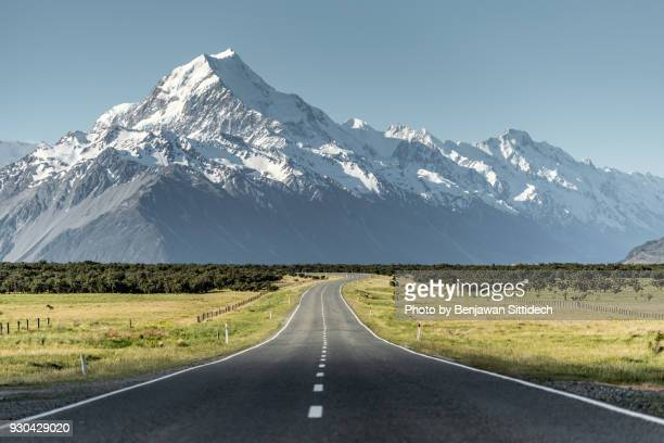 Road leading to Mount Cook, South Island, New Zealand