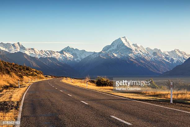 Road leading to Mt Cook mountain, New Zealand