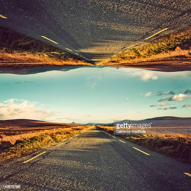 road mirrored - catherine macbride stockfoto's en -beelden