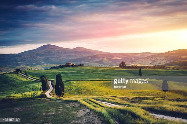 Straße in der Toskana hills