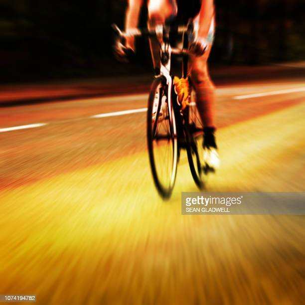 road racing cyclist - road race stock pictures, royalty-free photos & images