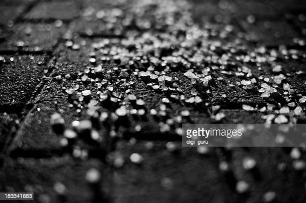 road salt in black & white - road salt stock pictures, royalty-free photos & images
