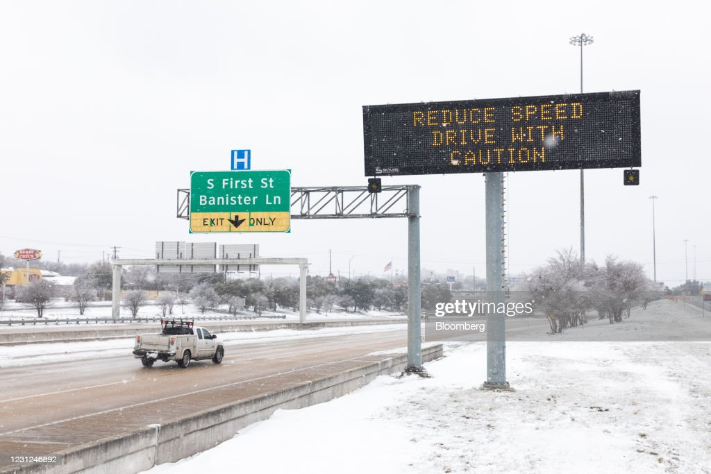 Texas' Gas-Export Clampdown Shocks Market As Blackouts Drag On : News Photo