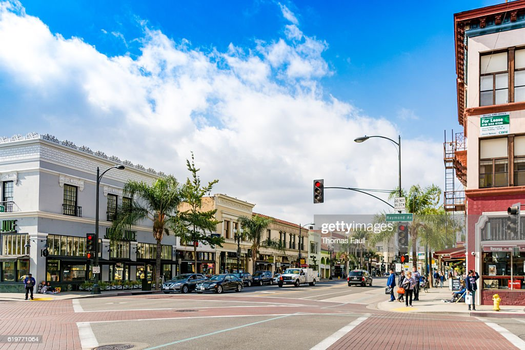 Road through Pasadena, Los Angeles, California : Stock Photo
