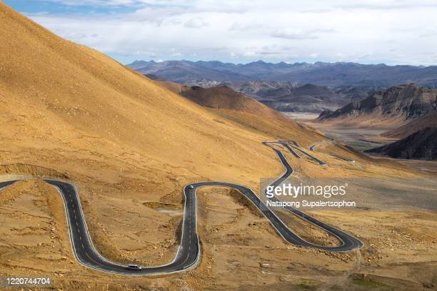 road to everest, tibet. - 2016 stock pictures, royalty-free photos & images