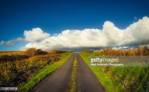 road to kerry scenic road - butlins stock pictures, royalty-free photos & images