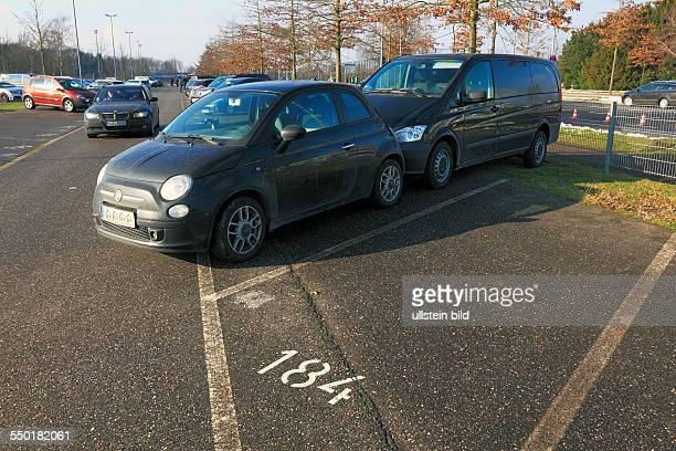 road traffic automobile traffic parking place parking spaces traffic obstruction audacity two motorcars parking in one single parking space parking...