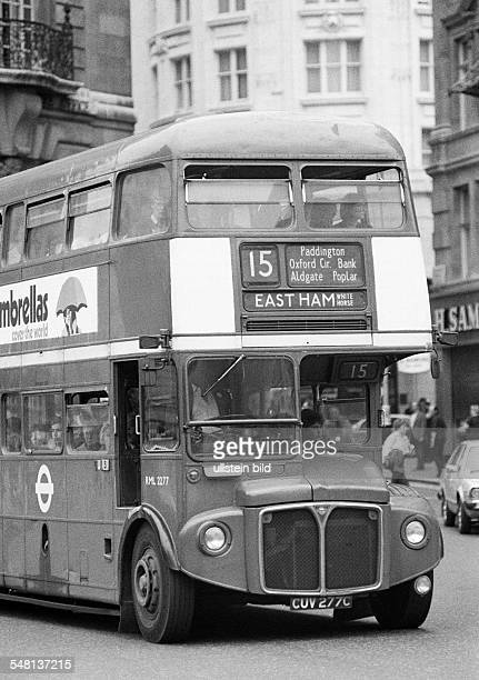 Road traffic, public service vehicle, double-deck bus, AEC Routemaster, Great Britain, England, London -