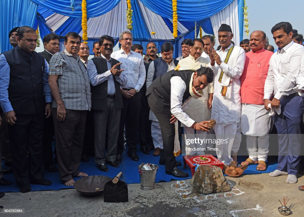 Road Transport & Highway and Water Resources Minister Nitin Gadkari and Maharashtra Chief Minister Devendra Fadnavis on foundation Stone Laying Ceremony of New International Cruise Terminal at BPX Cruise Terminal, Indira Dock on January 11, 2018 in Mumbai, India.