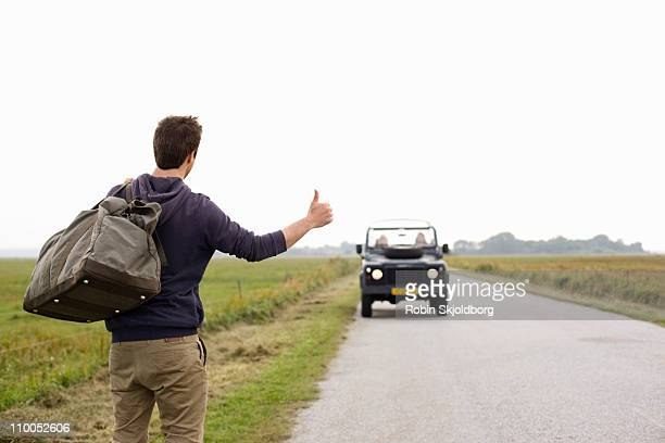 road trip - hitchhiking stock pictures, royalty-free photos & images
