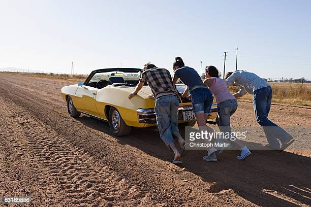 road trip - broken down car stock pictures, royalty-free photos & images
