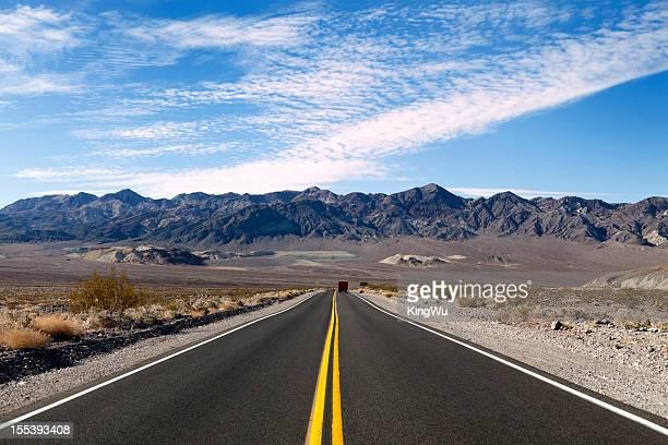 Tailler la route de la Vallée de la mort