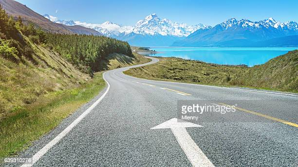 road trip to mount cook lake pukaki new zealand - thoroughfare stock photos and pictures