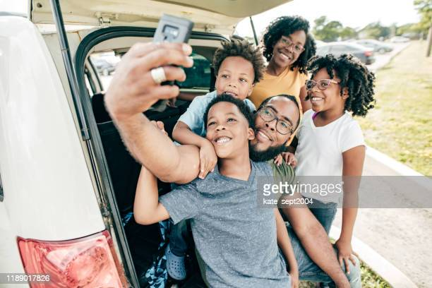 road trip with family - road trip stock pictures, royalty-free photos & images
